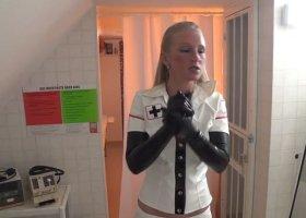 KacyKisha - Klinik Bizarre  Fisting Mistress