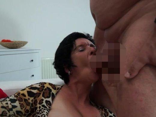 Amateurvideo Türsteher abgeschleppt - Voll für den Arsch von SexyNoemi