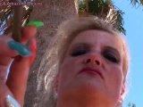 Amateurvideo Komm her du nutzloser Sklave und diene mir als Aschenbecher! von BitchSheila
