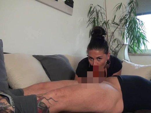 Amateurvideo Verführt und geil entsaftet! von Andrea_18