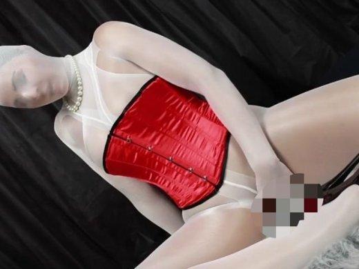 Amateurvideo Dildofick im Nylonencasement von CharliesAngel