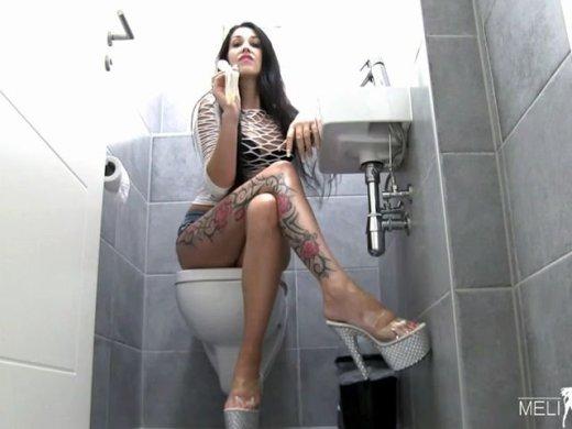 Kondom Recycling Schluckerziehung fuer mein Cuckold