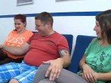 Amateurvideo Glanz Leggins - wichs uns drauf von TittenCindy