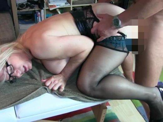 Amateurvideo Mobiler Massage-Service: Damit hat er nicht gerechnet!!!!! von KissiKissi