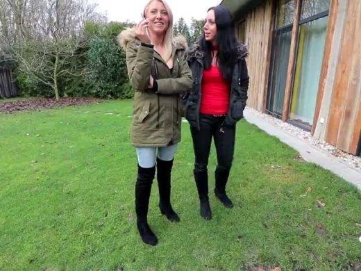 Amateurvideo Die versaute Spermaschlampen Familienfeier | Double Blowjob von Daynia