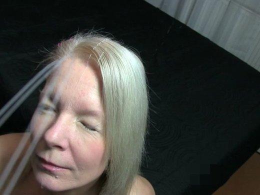 Amateurvideo Krass:Mit Hochdruck ins Gesicht gespritzt!!!!! von KissiKissi