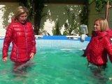 Amateurvideo Schwimme mit Christina in Daunen Jacken und Camel toe Leggin von sexyalina