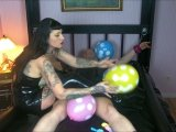 Amateurvideo Sexy Balloon Domination 1/2 von LadyVampira