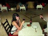 Amateurvideo Public Extrem! Doppelte Spermabombe mitten im Restaurant from Alexandra_Wett