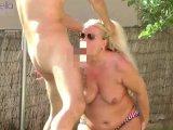 Amateurvideo Vom Poolboy, im Urlaub, am Outdoor Pool gefickt worden! 2 von RosellaExtrem