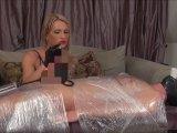 Amateurvideo Mit Schwanzpumpe und Dilator im Hotel gefickt von Calea_Toxic