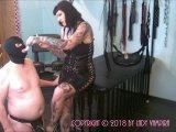Amateurvideo Fucking after Sucking – Awkward Cuckold Humiliation von LadyVampira