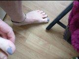 Amateurvideo Neuer Nagellack für meine Zehen von nylonjunge