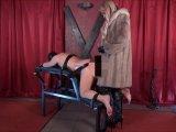 Amateurvideo Der Glamour Lady ausgeliefert von Calea_Toxic