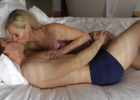 DirtyTina - Pure Lust mit DirtyTina  Zaertlicher Amateursex UNCUT