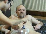 Amateurvideo zwei Kerle rasieren sich gegenseitig 1 von crazy1963
